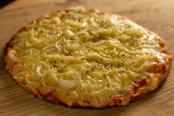 Pizza Cebola na Manteiga